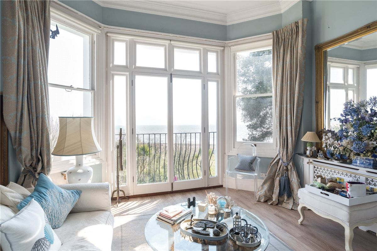 Kingsdown Place luxury homes