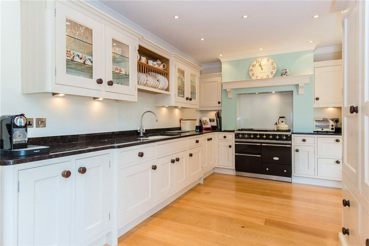 beautifully presented house with versatile accommodation luxury homes