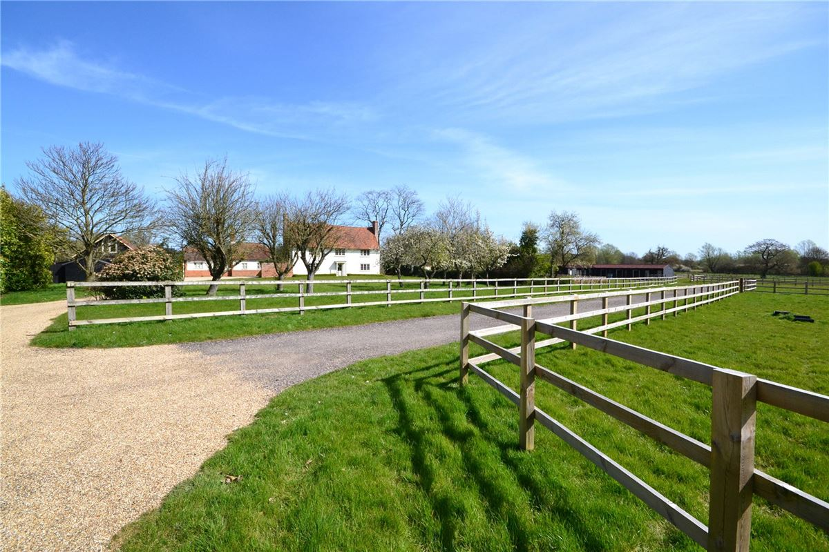 Luxury properties country house in roxwell