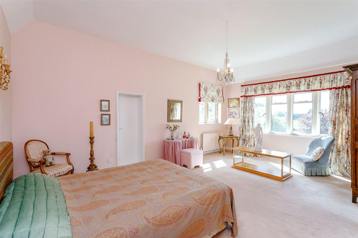 Sydenham luxury properties
