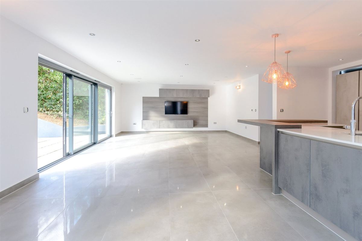 completely remodelled and renovated cuffley home luxury homes