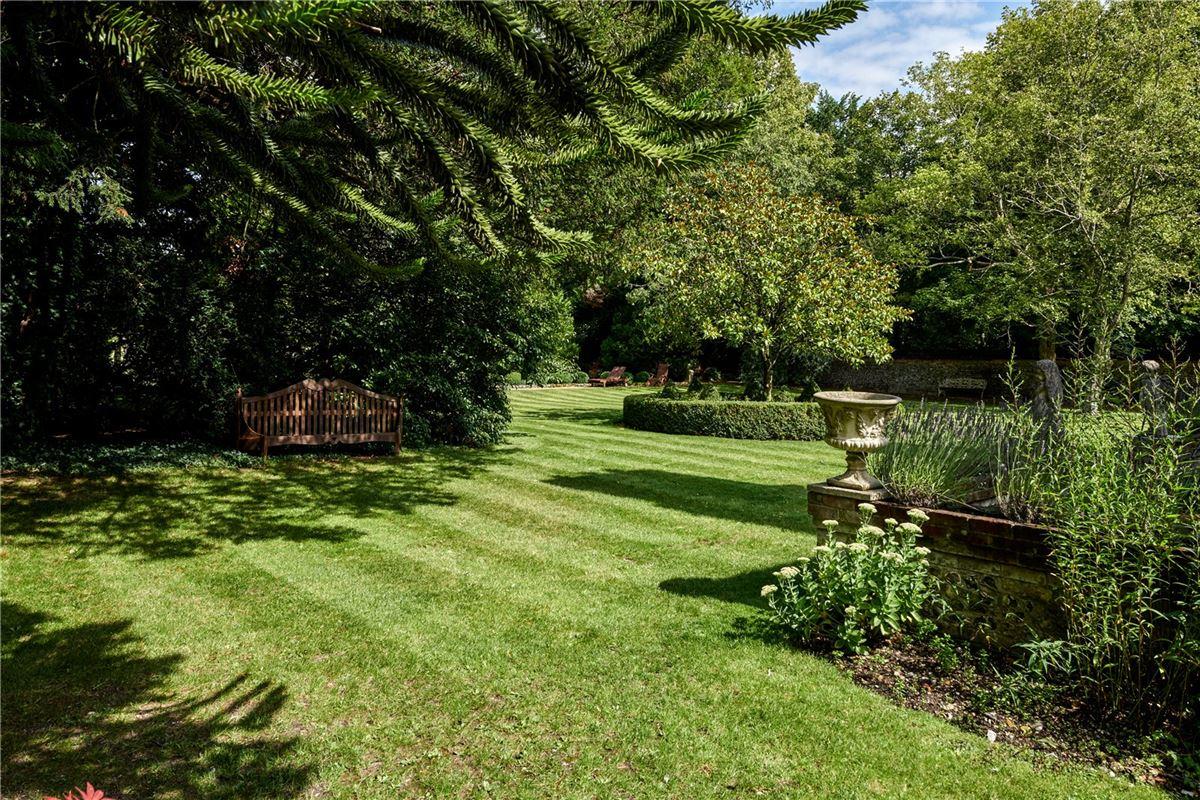 Cholderton House luxury homes