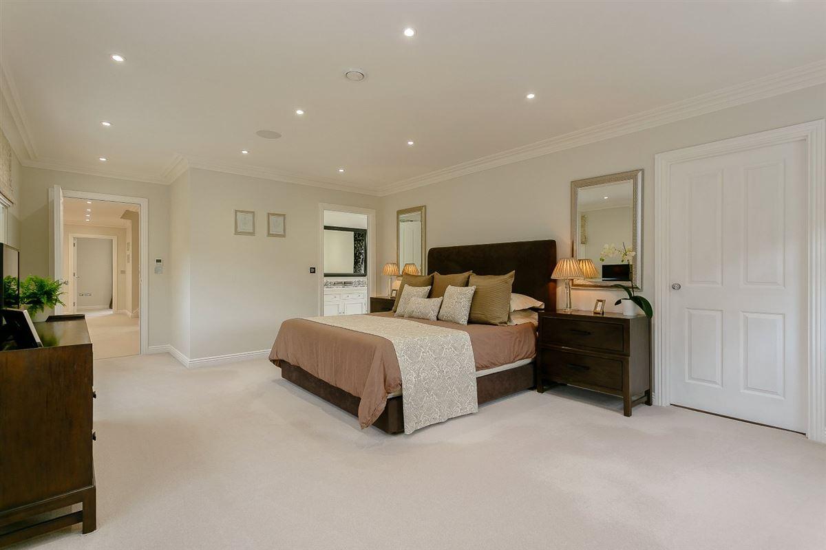 Oak Tree Farm luxury properties