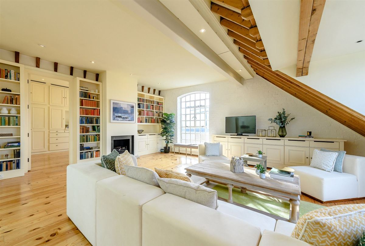 Luxury homes A truly spectacular and absolutely unique three bedroom warehouse conversion
