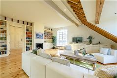 Luxury real estate A truly spectacular and absolutely unique three bedroom warehouse conversion
