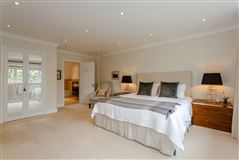 Luxury homes immaculate home in popular Radlett