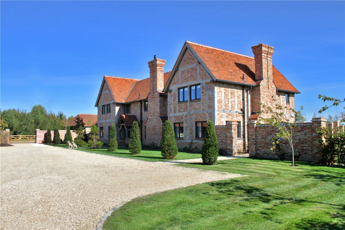 Ash Farm mansions