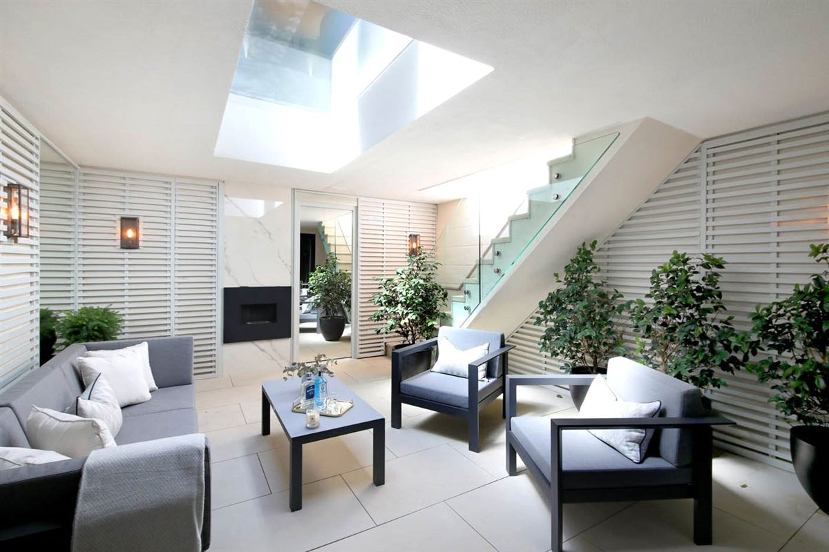Luxury homes in impeccably designed new townhouse