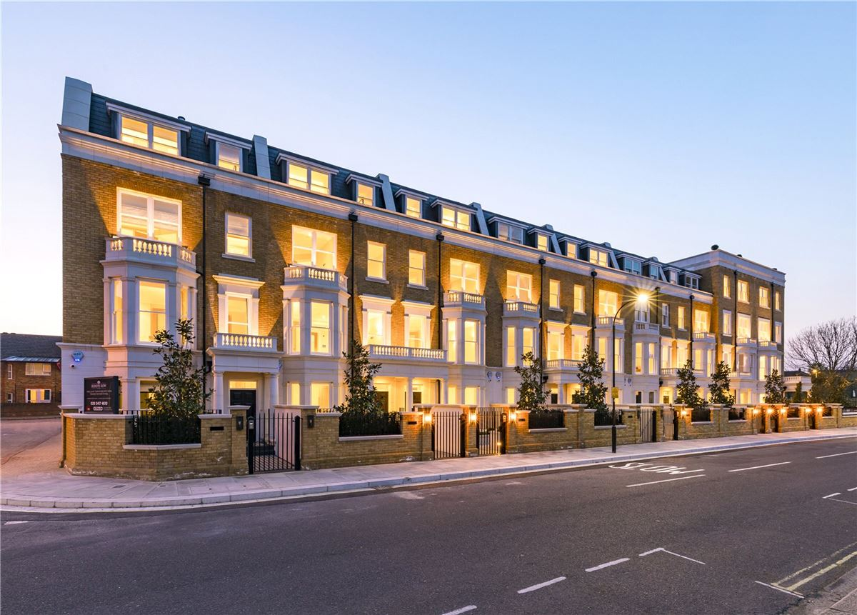 Mansions in impeccably designed new townhouse