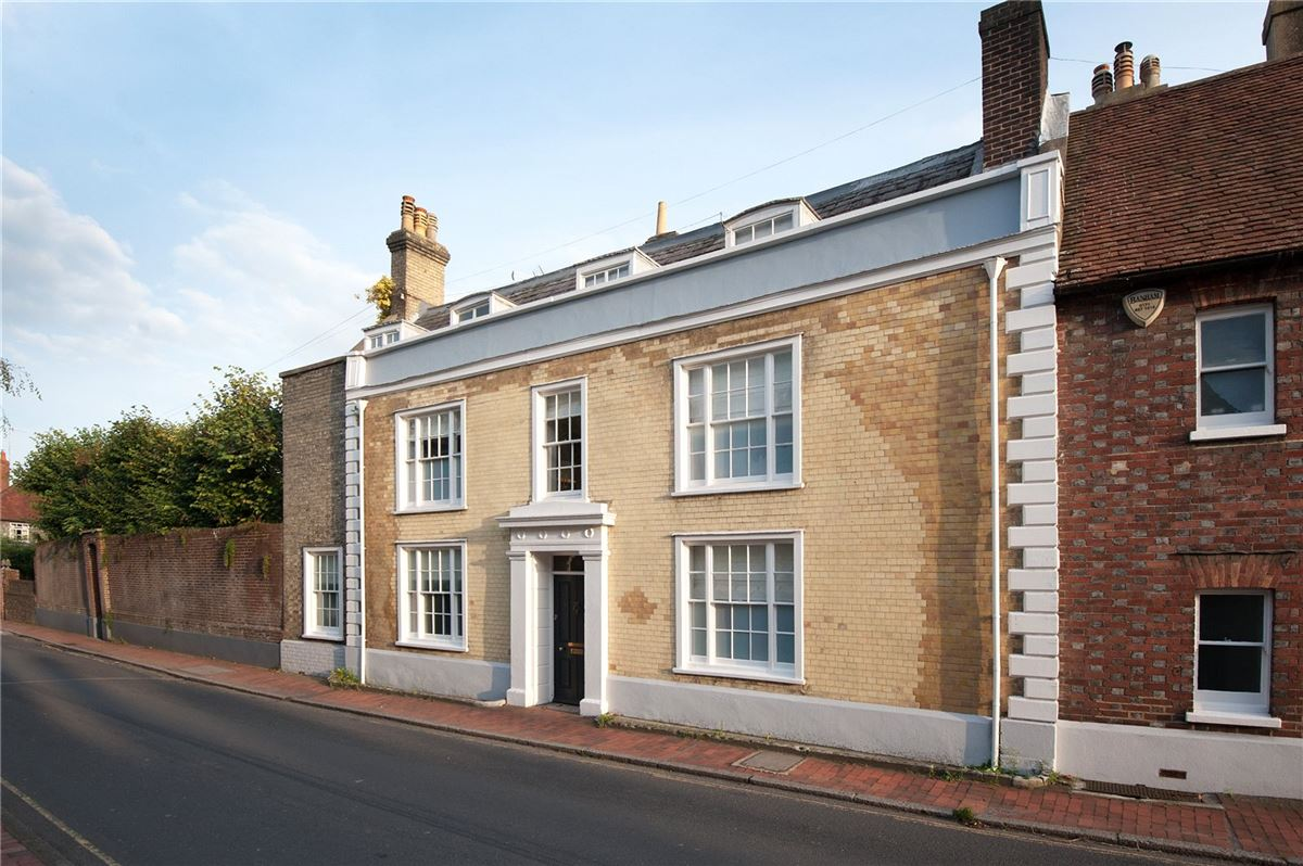 Luxury homes stylishly presented Grade II listed Georgian house