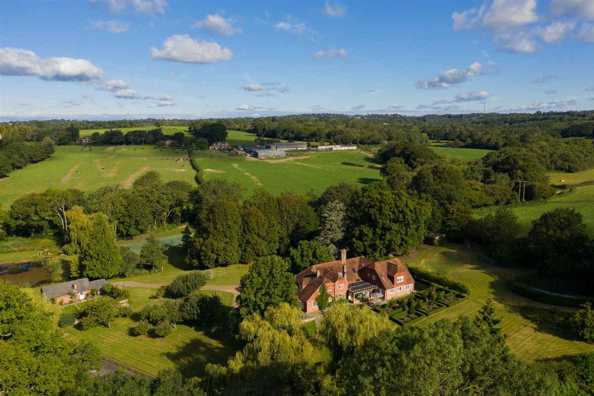 Luxury homes beautifully restored country house in glorious rural position