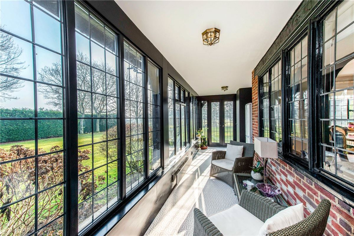 Luxury real estate Fulmer Chase