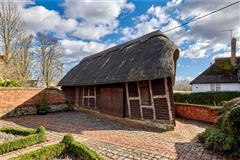 Luxury homes in 17th century home