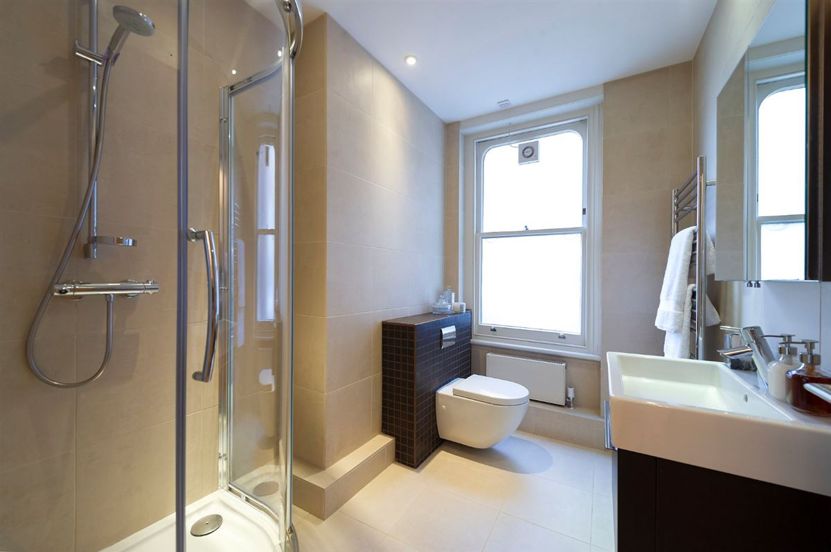 bright and spacious second floor flat luxury properties