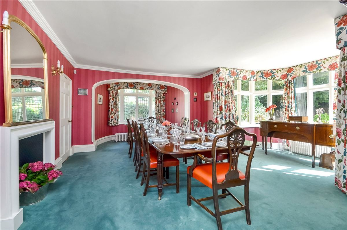wonderful family home on the River Itchen luxury properties