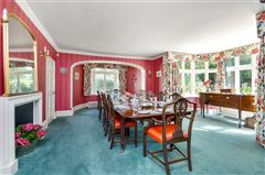 Luxury homes in wonderful family home on the River Itchen