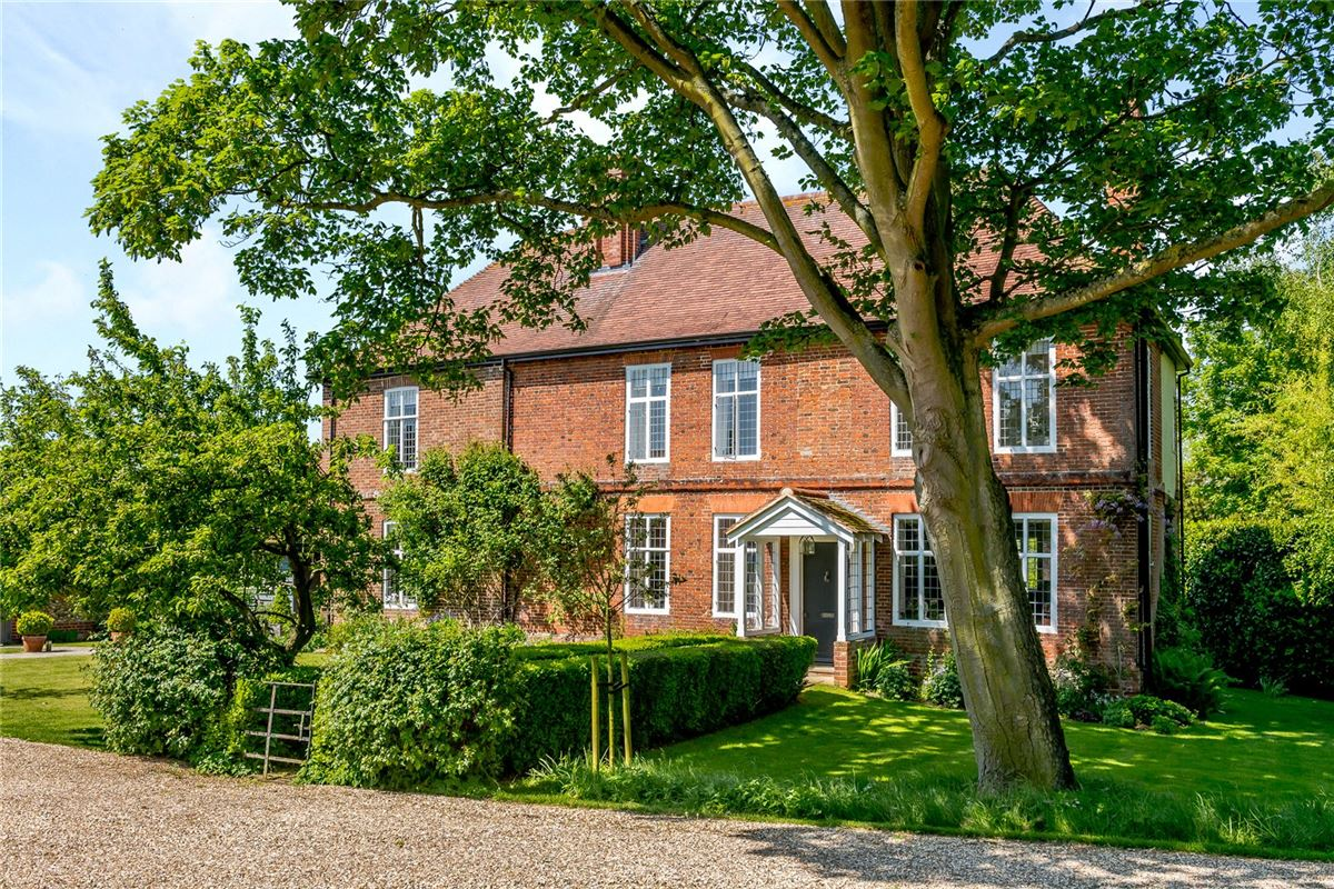 spacious home boasts stunning gardens and grounds mansions