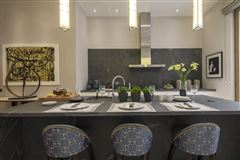apartment in exceptional development mansions