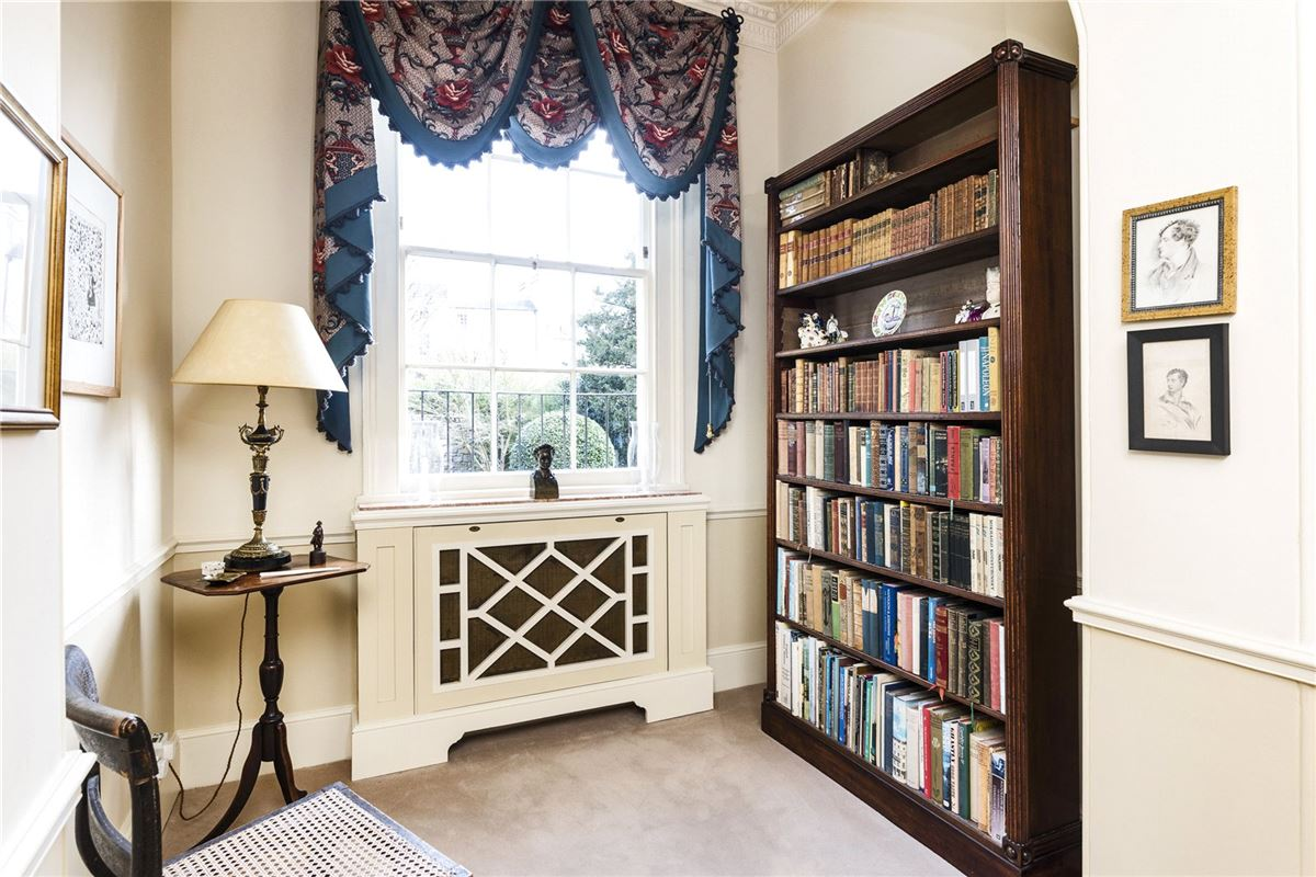 A magnificent townhouse beautifully presented throughout  luxury properties