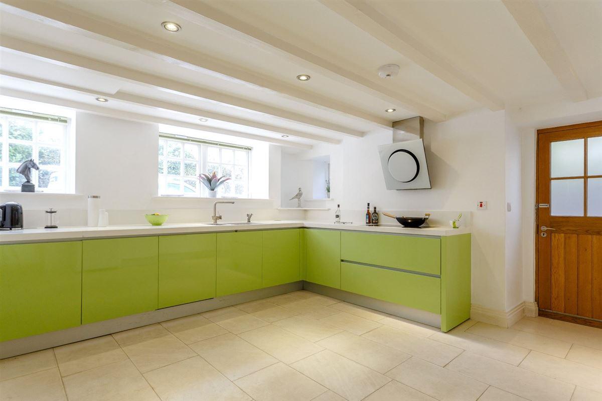 Laundry Cottage luxury homes