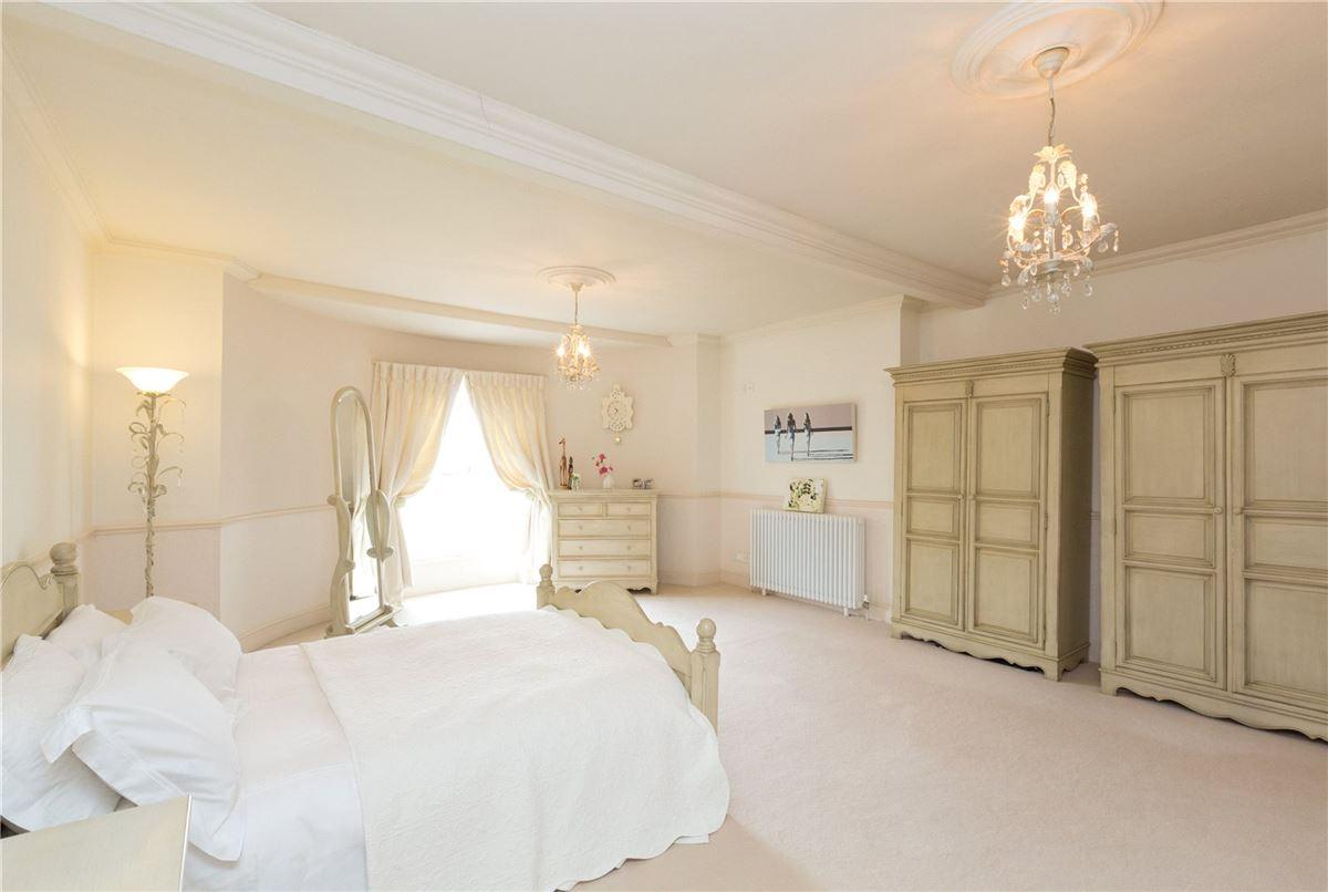 Yeaton Hall  luxury properties