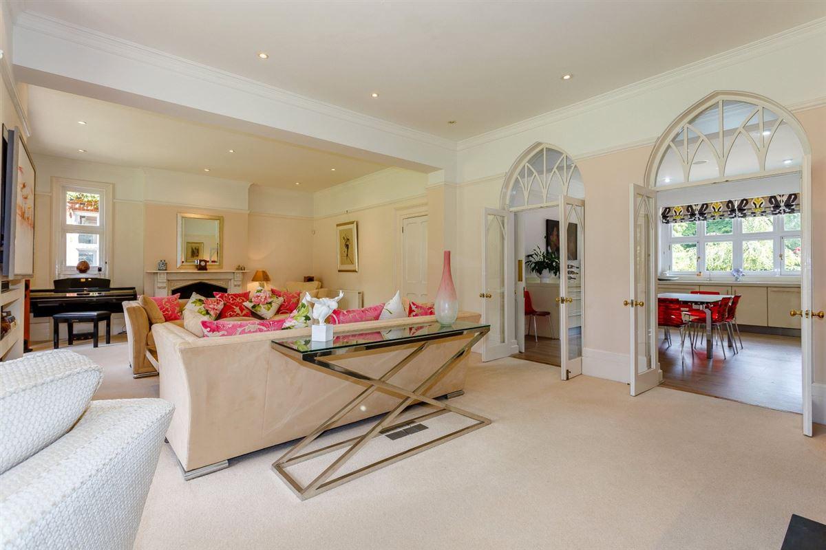 Thundridge House luxury homes