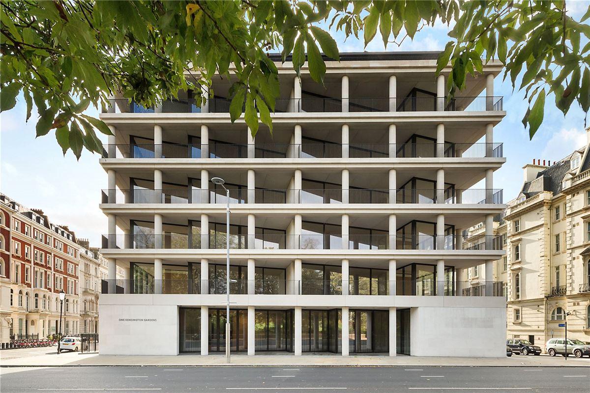 five bedroom apartment overlooking Kensington Palace Gardens luxury properties