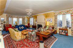 Mansions Bunloit Estate