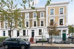 impressive five bedroom home mansions