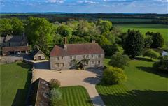 Luxury real estate Manor Farm