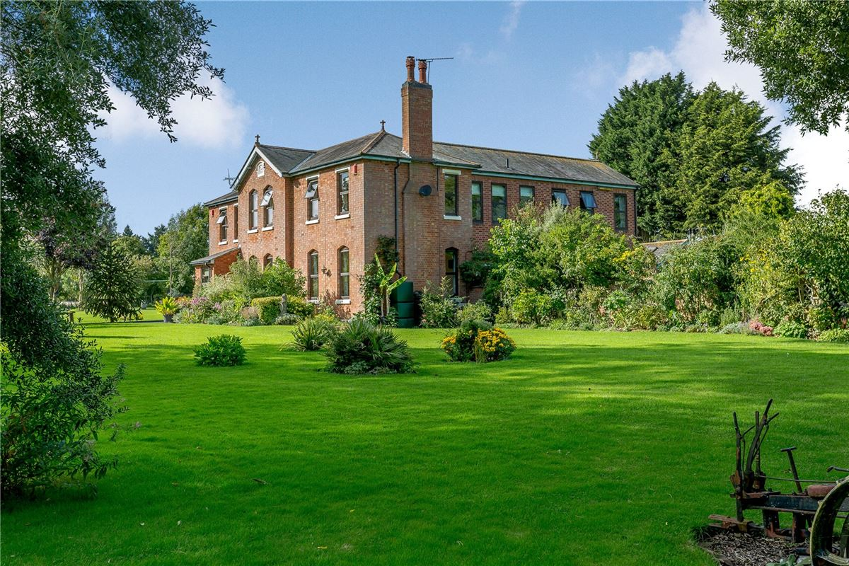 Luxury homes A beautifully maintained country house on lovely grounds