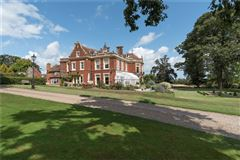 Luxury homes in handsome mansion with poignant period features