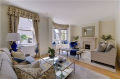 enviable position in Grosvenor Crescent Mews luxury real estate