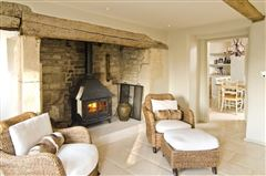 18th century Cotswold farmhouse  luxury real estate