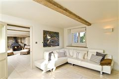 Luxury properties 18th century Cotswold farmhouse