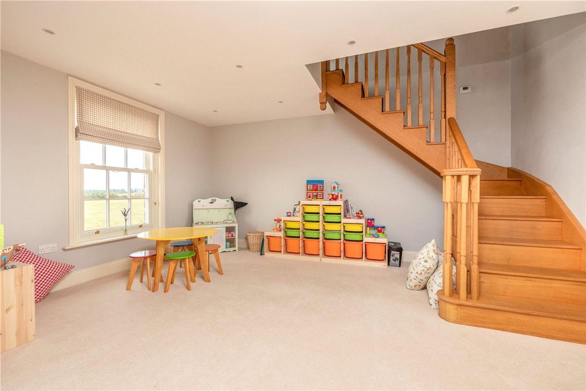 Luxury properties Swale House