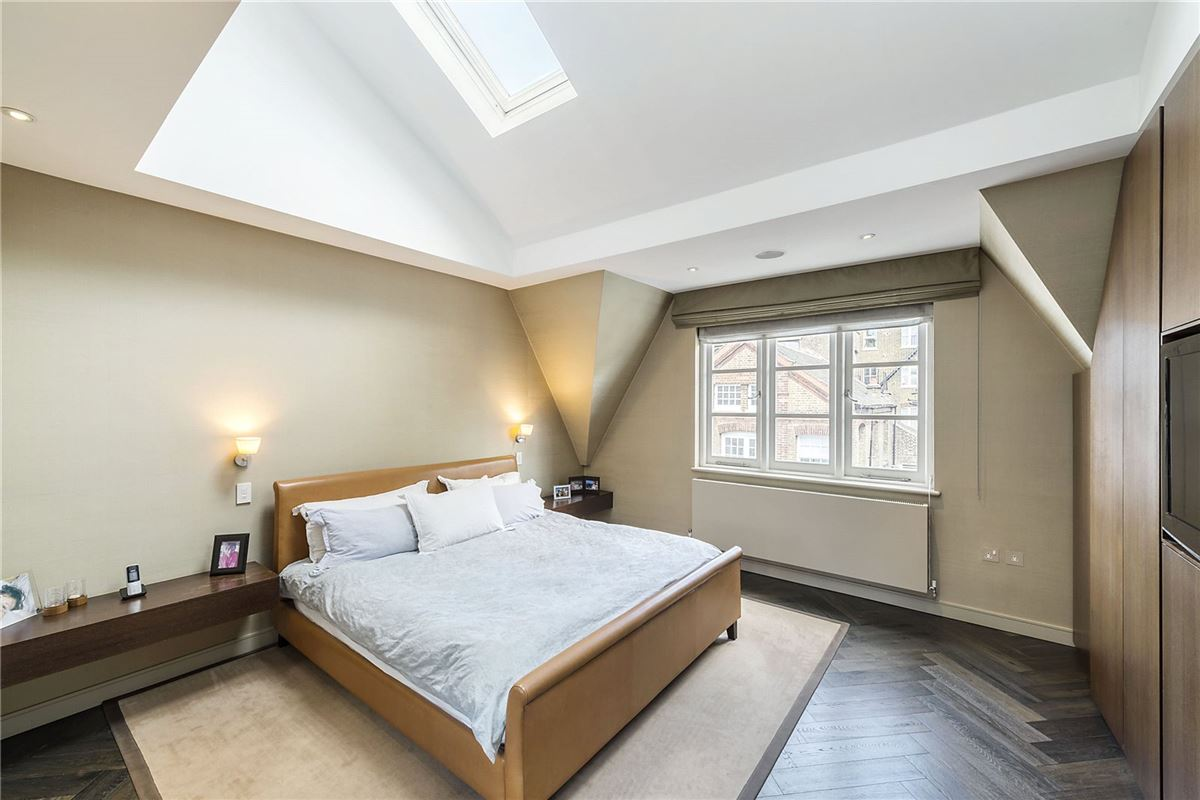 Luxury real estate beautiful home in the heart of Chelsea