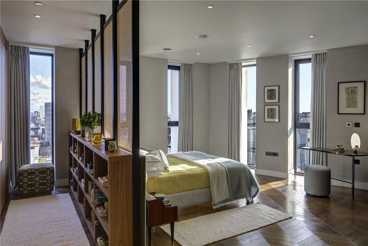Covent Garden apartment with spectacular views luxury real estate