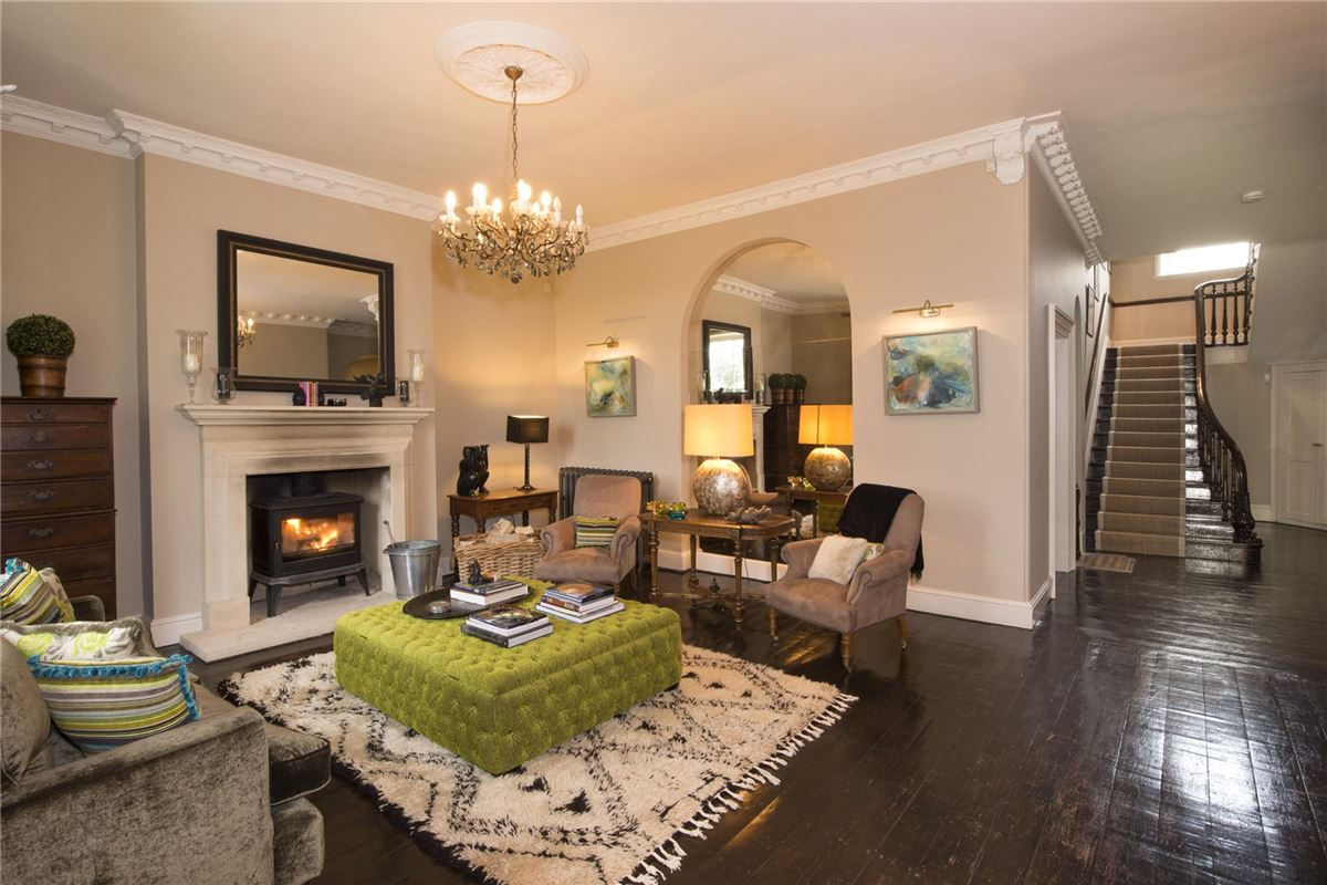 Cotswold Rectory in a beautiful setting luxury real estate