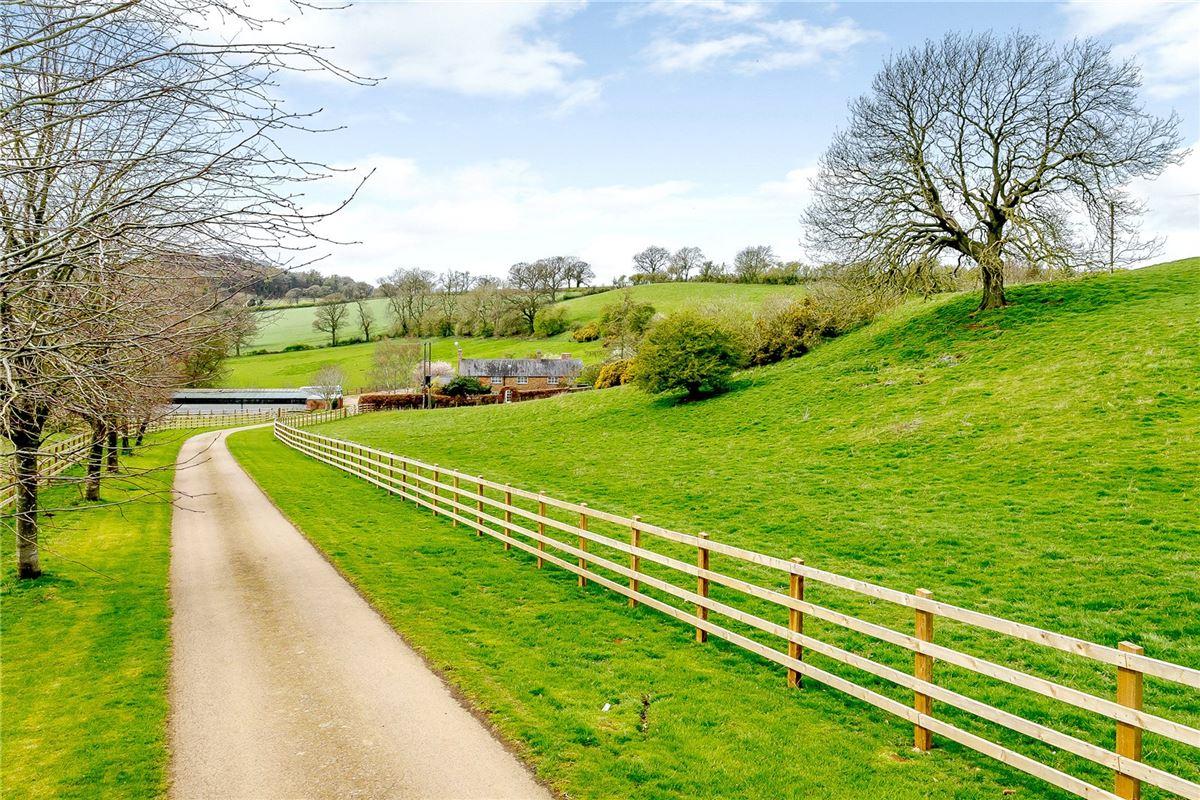 Luxury homes Coplow Lodge Farmhouse