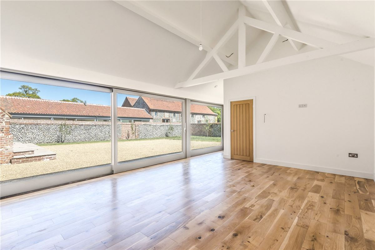 Threshers Barn is an impressive two-storey barn conversion mansions