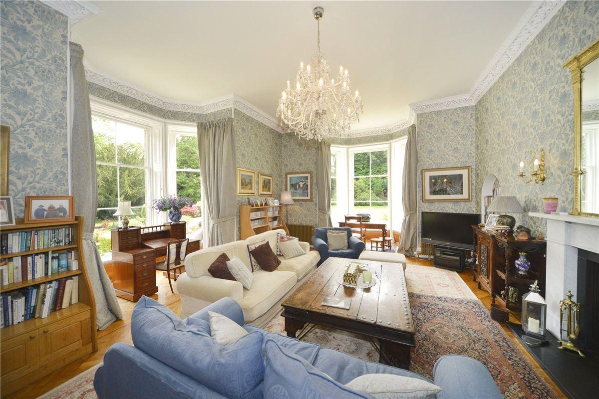 Luxury homes Ormiston House