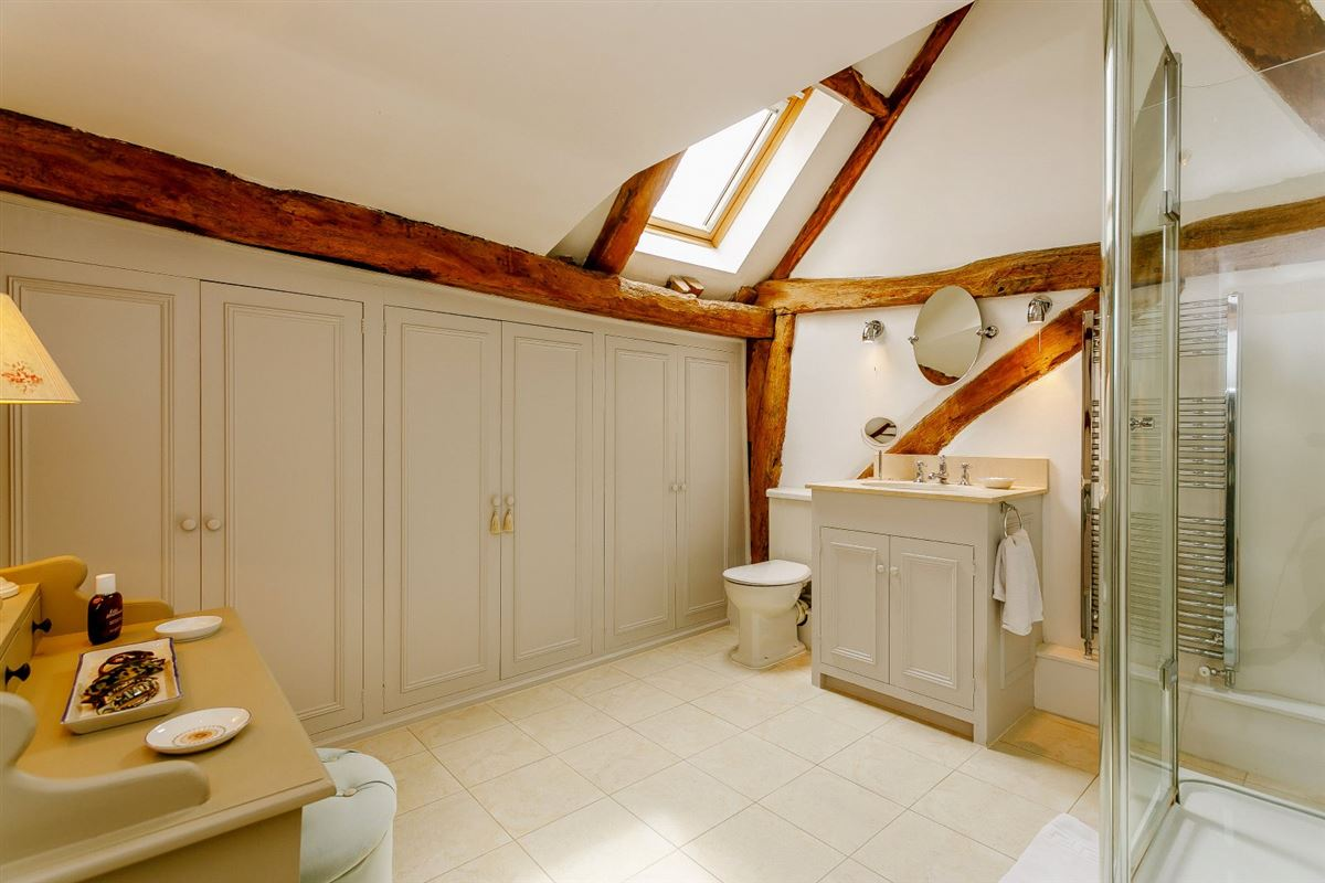 Luxury properties Pond House