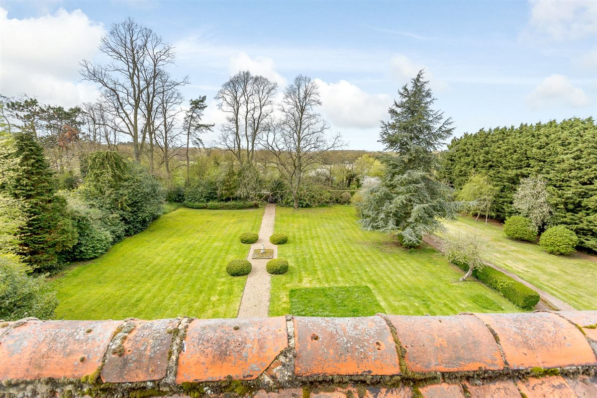 Luxury real estate William and Mary Grade II Listed detached residence