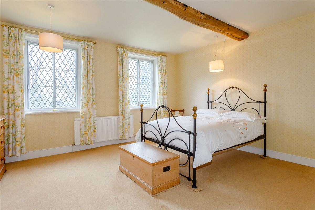 Luxury homes William and Mary Grade II Listed detached residence
