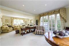 elegant home in Hadley Woods luxury properties