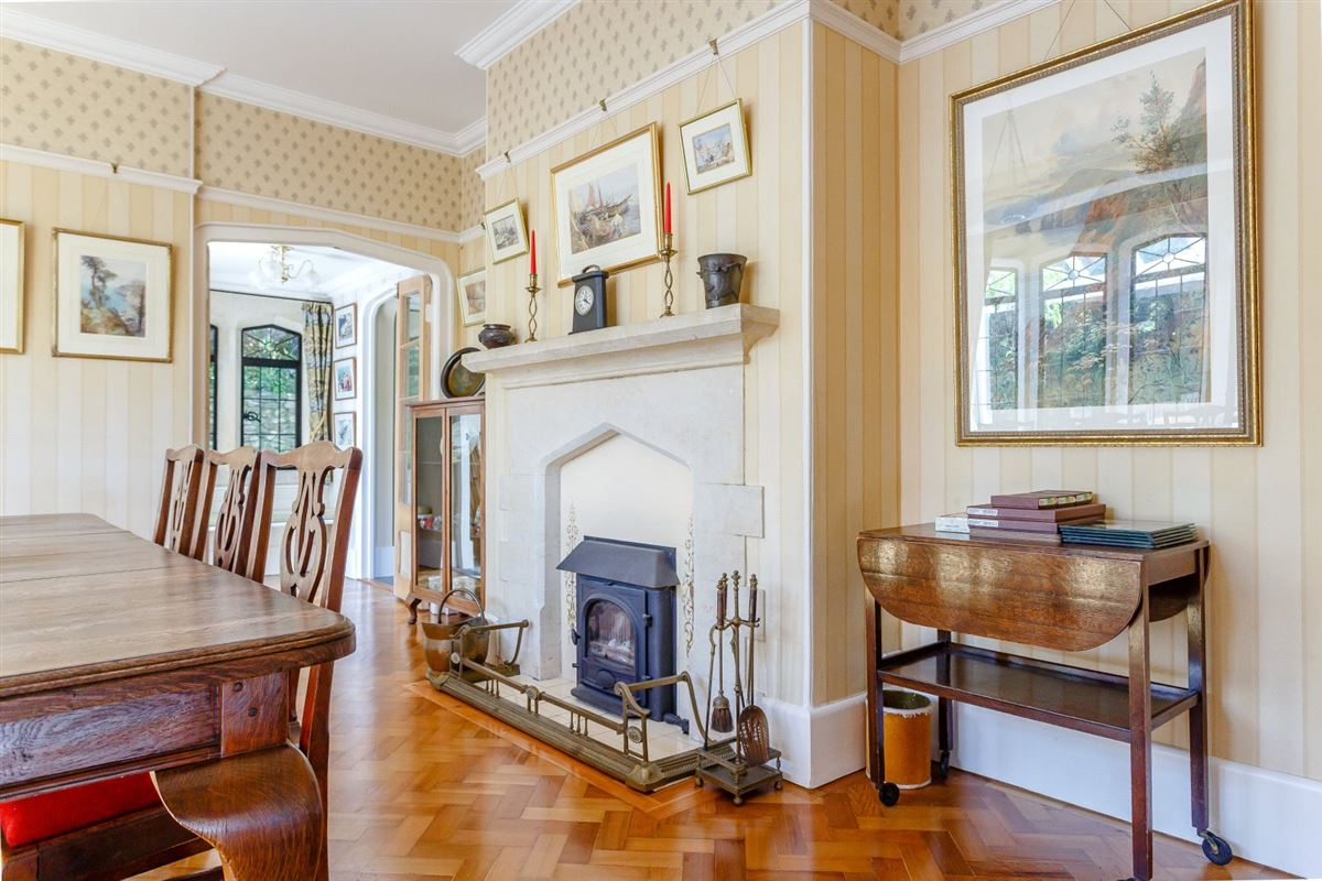 Luxury properties A substantial detached family home with attractive gardens