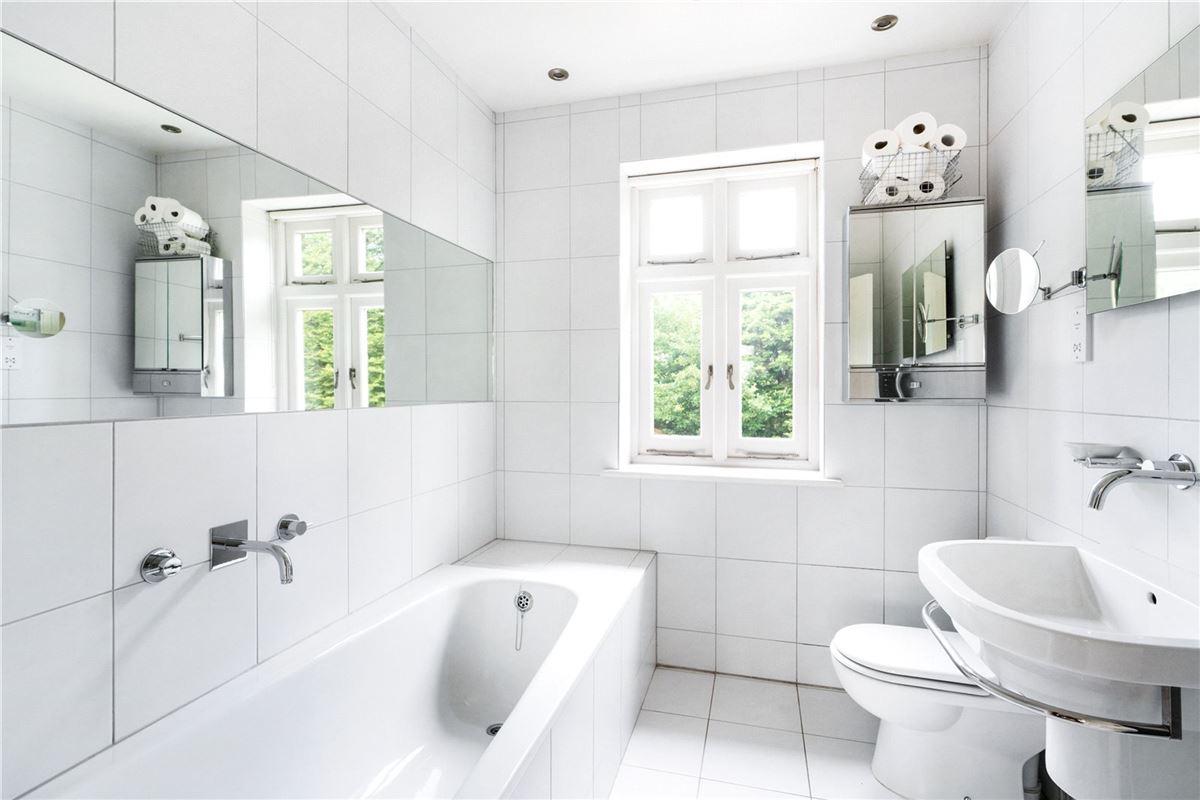 Luxury properties Berwick House