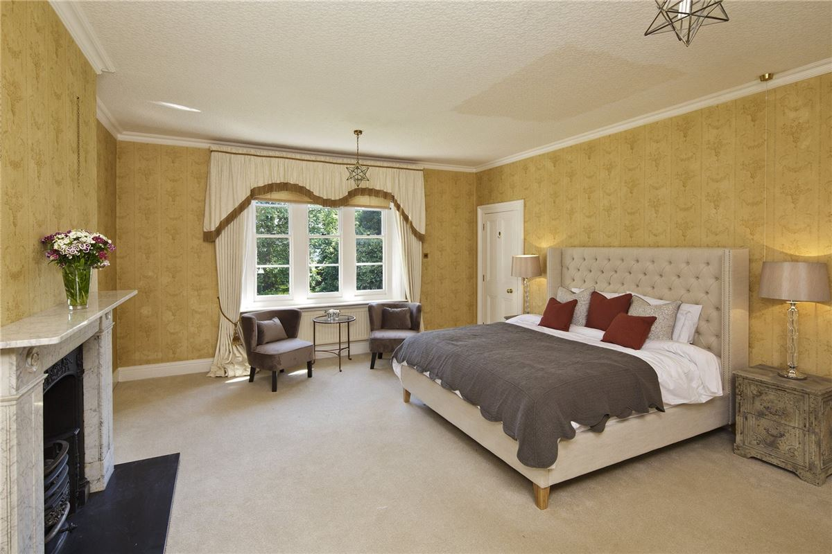 Luxury real estate exceptional Victorian vicarage