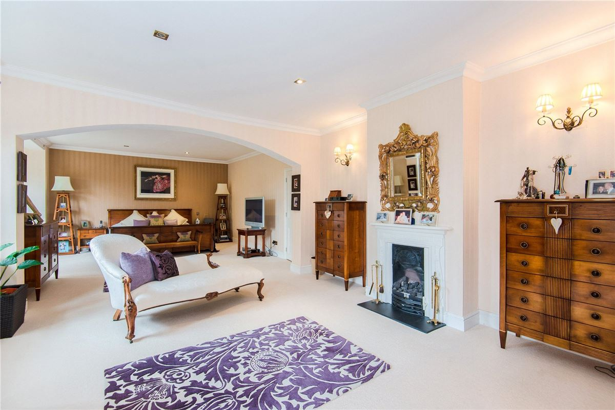 handsome Edwardian house in Broxbourne luxury homes
